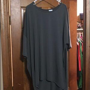 LuLaRoe dark gray T-shirt